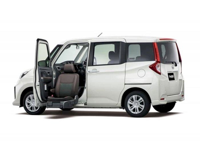 Daihatsu Luncurkan Mobil yang Ramah Disabilitas, Bisa Turun-Angkat Kursinya!