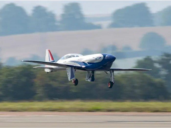 Rolls-Royce Berhasil Terbangkan Pesawat Bertenaga Listrik Besutannya!