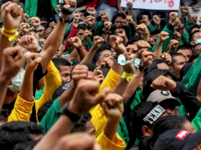 Sebanyak 8 Orang Nekat Demo di Depan Istana Negara, Berujung Diamankan